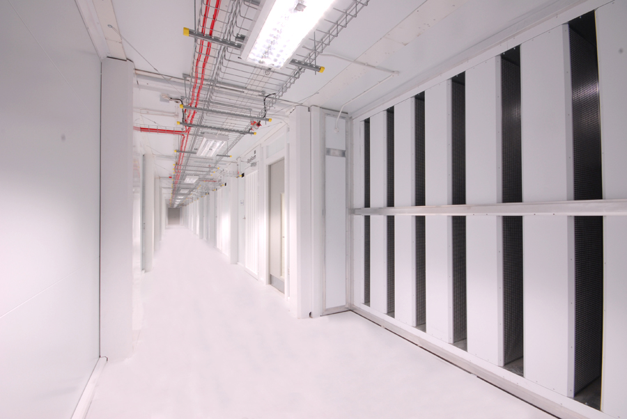 The BladeRoom Data Center Cold Zone